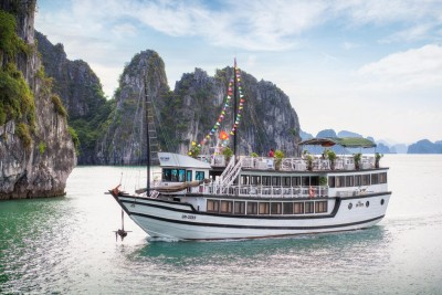 Hanoi, Halong, Ninh Binh Package (4 days 3 nights)